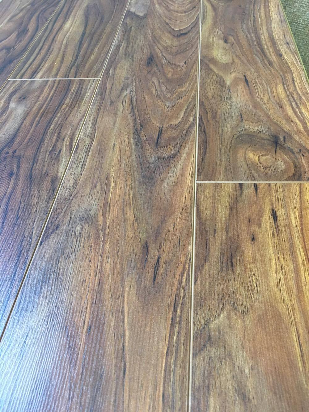Home Laminated Flooring Calgary Walnut Matt 12mm